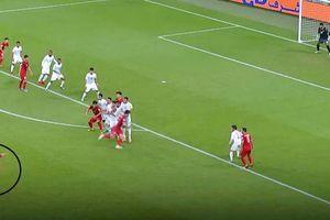 Báo châu Á so sánh cú sút phạt của Quang Hải với Messi!