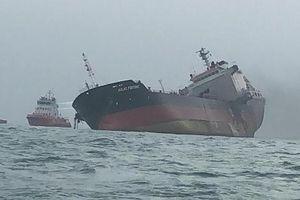 Tìm thấy hai thuyền viên mất tích vụ tàu Aulac Fortune bị cháy ở Hồng Kông
