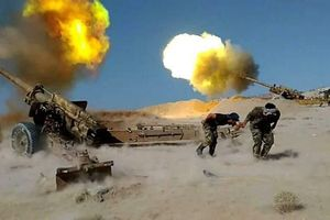 Quân đội Syria nã đạn pháo, xới tung căn cứ khủng bố ở Hama và Idlib