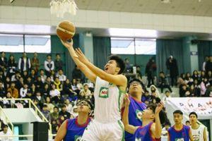 Soán ngôi thành công, Việt Đức ẵm HCV trong ngày thi đấu cuối cùng giải bóng rổ học sinh THPT & CS Hà Nội