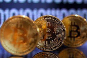 Đáy Bitcoin là đâu?