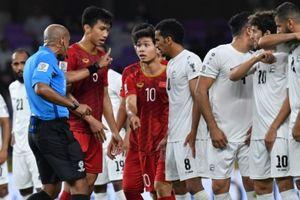 HLV Yemen 'cay cú' cho rằng ĐT Việt Nam thắng là nhờ trọng tài