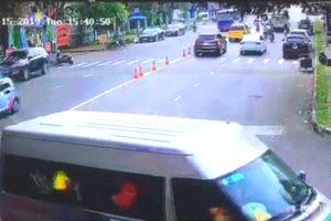 Xe đưa đón học sinh trường Nam Sài Gòn 'gây' tai nạn khiến 4 bé bị thương?