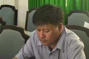 Khởi tố nguyên giám đốc Trung tâm phát triển quỹ đất huyện ở Đồng Tháp