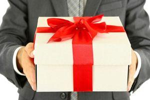 Hà Tĩnh nghiêm cấm cấp dưới tặng quà cấp trên, chúc Tết lãnh đạo