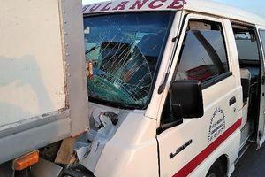 Xe cấp cứu gặp TNGT liên hoàn ở cao tốc TP.HCM – Trung Lương