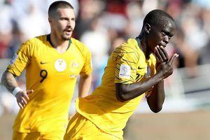 Awer Mabil - từ cậu bé tị nạn tới niềm hy vọng của tuyển Australia