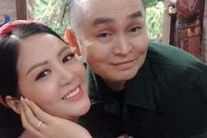 24h HOT: Xuân Hinh bất ngờ xuất hiện bên vợ Thứ trưởng Bộ Tài chính