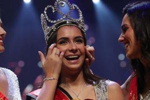 Nhan sắc lộng lẫy của tân Hoa hậu Bỉ