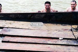 Vận chuyển gỗ lậu ở Quảng Nam: 'Nóng' thời điểm cuối năm