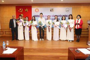 ĐHQG Hà Nội trao học bổng Nguyễn Trường Tộ lần thứ 8