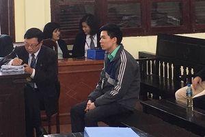 Xét xử vụ chạy thận: Tranh cãi về 'chữ ký chia sẻ' của bác sỹ Hoàng Công Lương