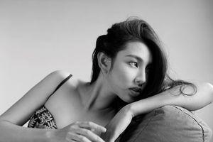 Ngắm thân hình siêu gợi cảm của Người đẹp Nhân ái Thùy Tiên