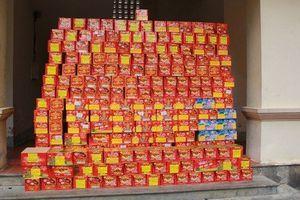 Xét xử lưu động kẻ đưa gần nửa tấn pháo từ Trung Quốc về Việt Nam tiêu thụ