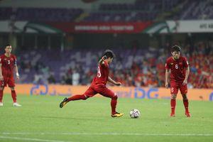 Quang Hải tiết lộ bí quyết tạo nên những quả đá phạt thần sầu như Messi