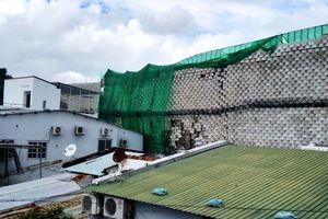 Cưỡng chế phá dỡ tường thành dự án Đồi Xanh uy hiếp dân cư