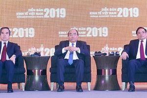 Củng cố nền tảng cho tăng trưởng kinh tế nhanh và bền vững