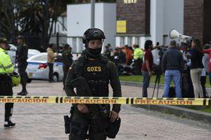 Học viện cảnh sát Colombia bị đánh bom, Tổng thống thề không lùi bước