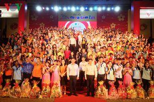 TPHCM hỗ trợ hơn 500 triệu đồng cho sinh viên đón Tết xa nhà