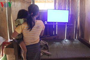Bán bào thai để lấy tiền trả nợ, mua tivi ở Nghệ An