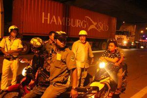 'Quả đấm thép' 363 lật tẩy những chiêu trò né kiểm tra ma túy của tài xế container