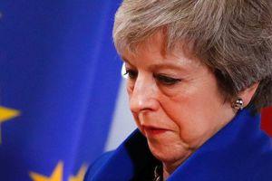 Bản tin audio Thế giới tuần qua số 46: Giằng co Brexit, kịch bản nào giành cho bà Theresa May?