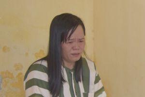 Nữ phụ huynh vào trường trộm tiền của giáo viên