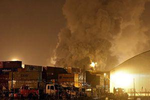 'Hôi' nhiên liệu từ ống dẫn rò rỉ, 20 người thiệt mạng đau đớn
