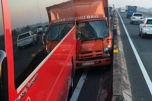 Va chạm giao thông liên tiếp trên cao tốc TP Hồ Chí Minh - Trung Lương