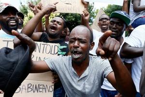 LHQ quan ngại về biểu tình bạo lực tại Zimbabwe