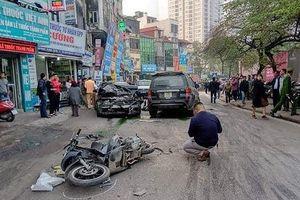 Lại một vụ xe điên gây tai nạn liên hoàn trên đường phố Hà Nội