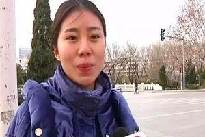 Cô gái bị bỏ rơi lên sóng truyền hình tìm cha mẹ ruột tới dự hôn lễ