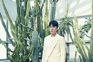 Rung động trước vẻ đẹp của cặp 'chú 45 cháu 18' Jung Woo Sung - Kim Hyang Gi trên tạp chí Vogue Korea