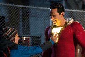 Đạo diễn lên tiếng về bộ trang phục 23 tỉ của siêu anh hùng Shazam