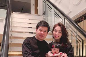 Không cần tiệc tùng xa hoa hay đồ hiệu đắt đỏ, Hoa hậu Đặng Thu Thảo vẫn ghi điểm tuyệt đối ngày sinh nhật
