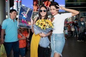 Hoa hậu Hoàn vũ Nhật sang Việt Nam thăm H'Hen Niê