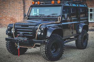 Bản sao của Land Rover Defender trong phim 007 - 'Spectre'