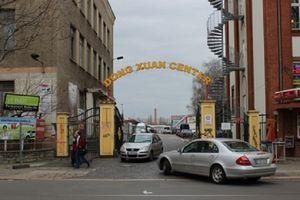 Báo Đức viết về tình trạng 'không phép' ở Đồng Xuân - chợ lớn nhất của người Việt ở Berlin