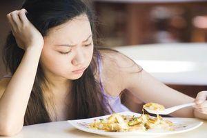 5 thói quen ăn sáng gây hại sức khỏe người Việt nào cũng mắc