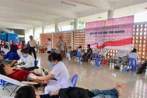 Đà Nẵng: 700 người hiến máu tình nguyện 'Xuân yêu thương 2019'
