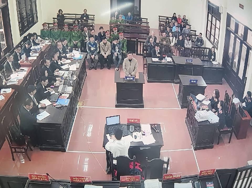 Xét xử vụ án chạy thận: VKS đề nghị Hoàng Công Lương 36-42 tháng tù