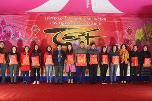 Công đoàn Giáo dục Hà Tĩnh trao quà 'Tết sum vầy' cho GV, HS khó khăn