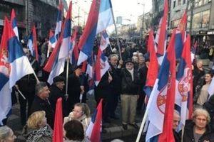Thăm Serbia, ông Putin không cho Mỹ-NATO khép lại thảm họa Kosovo