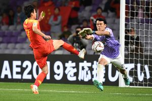 Thái Lan 1-2 Trung Quốc: Bùng nổ cú đúp trong 4 phút, Trung Quốc lội ngược dòng ngoạn mục