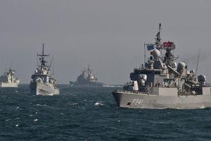 Nga: Tàu chiến Mỹ nên tránh xa Biển Đen