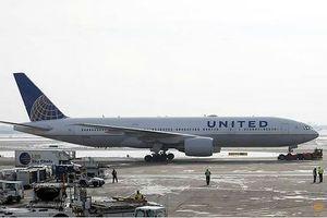Lòng vòng 1 ngày, máy bay của Mỹ lại trở về điểm xuất phát