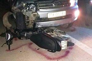 Nghệ An: Va chạm với ô tô, phó trạm y tế tử vong
