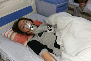 Cô gái bị nhóm thanh niên hành hung, đập đầu vào cửa bất tỉnh phải nhập viện tâm thần
