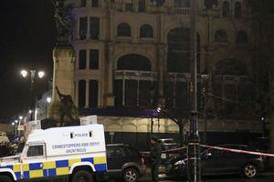 Bắt giữ 2 nghi phạm trong vụ đánh bom xe tại Bắc Ireland