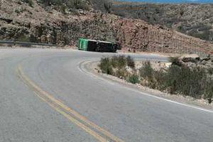 Bolivia: Xe buýt chở đoàn thể thao gặp nạn, ít nhất 13 người thiệt mạng